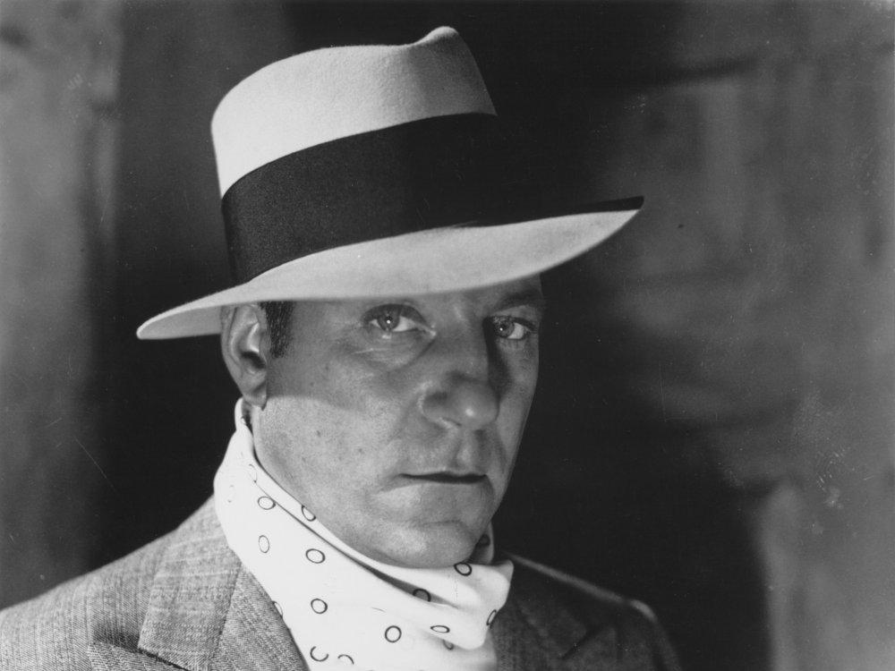 Jean Gabin in Pépé le Moko (1937)