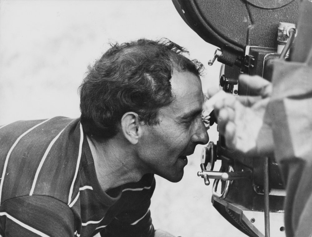 Behind the camera on Pierrot le fou (1965)