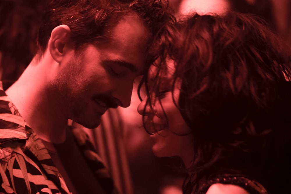 Tatiana Maslany as Jenna and Jay Duplass as Leon in Pink Wall