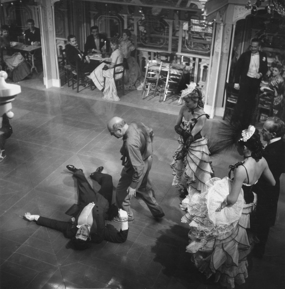 Director Max Ophüls on the set of Le Plaisir (1952)