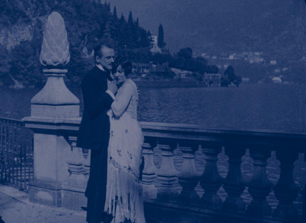 The Pleaure Garden (1925)