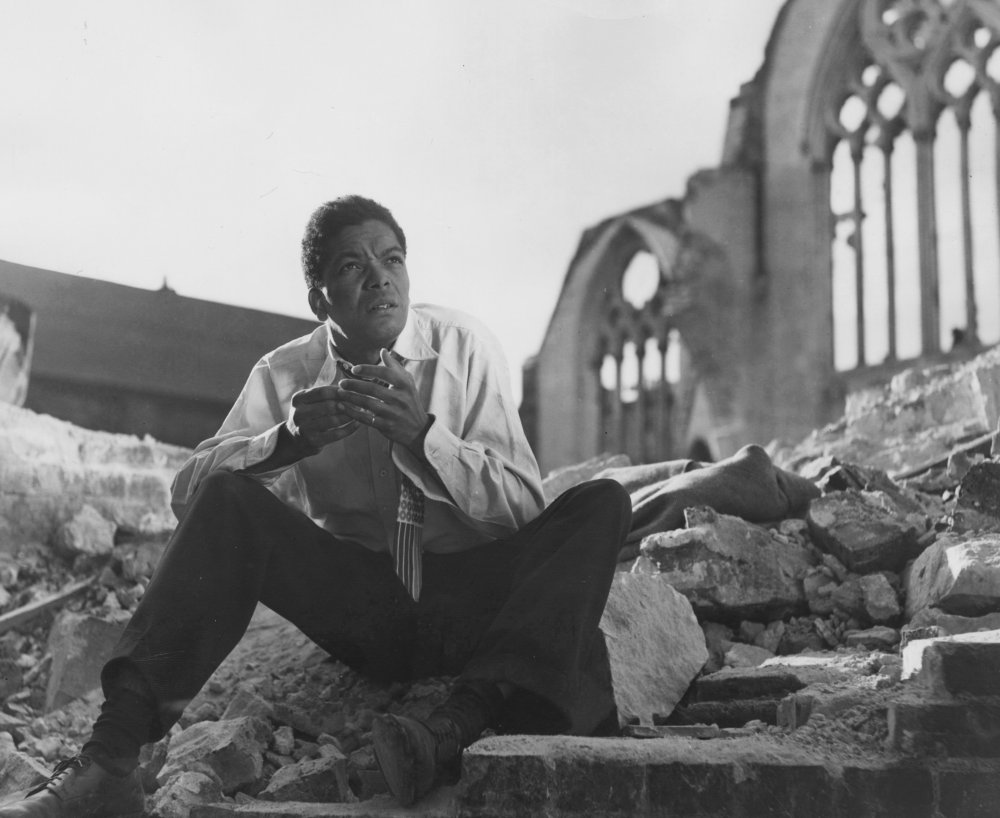Earl Cameron in Pool of London (1951)