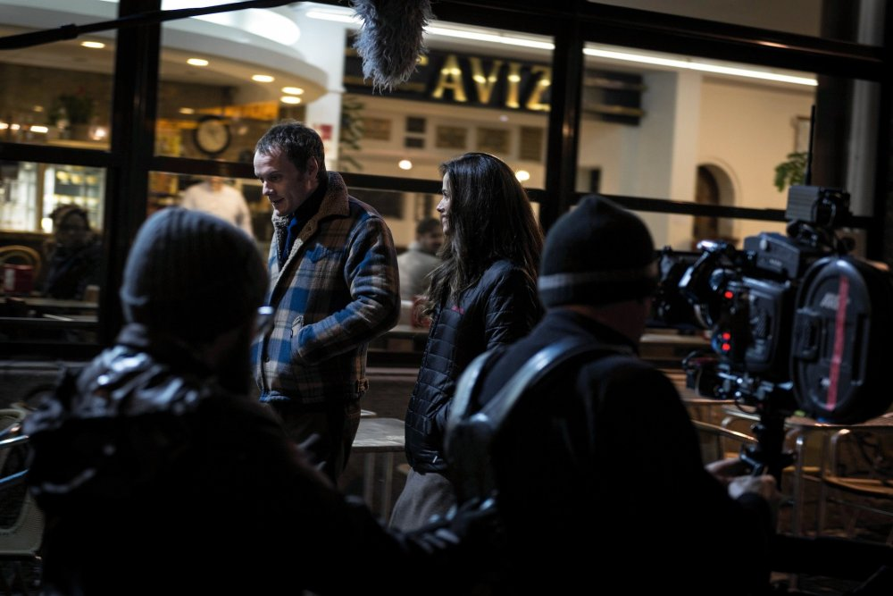 Anton Yelchin and Lucie Lucas shooting a street dialogue scene for Porto
