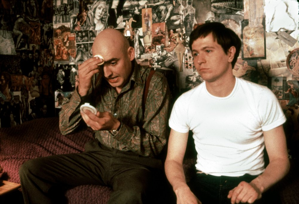 Alfred Molina as Kenneth Halliwell and Gary Oldman as Joe Orton in Stephen Frears' Prick up Your Ears