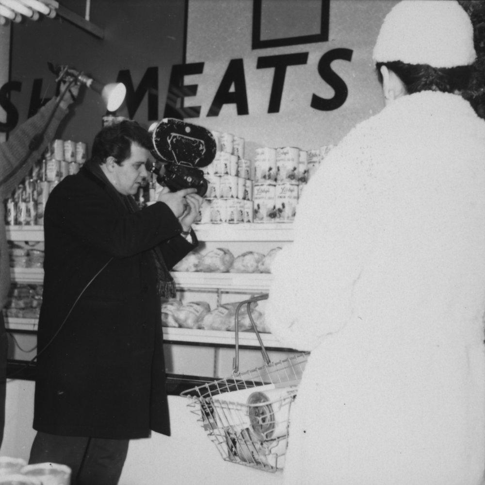 Stanley Long shooting Primitive London (1965)