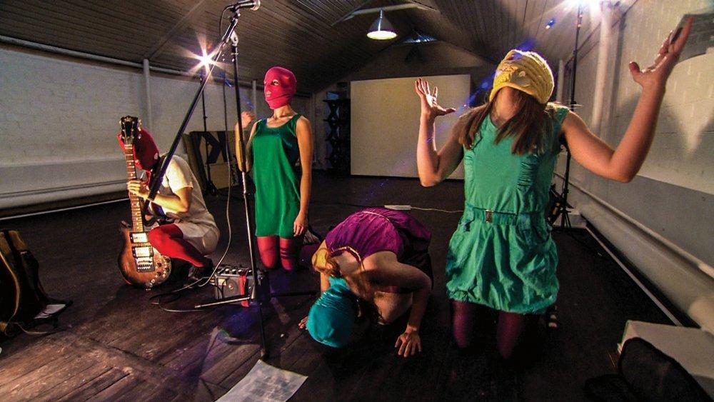 Pussy Riot - A Punk Prayer (2012)