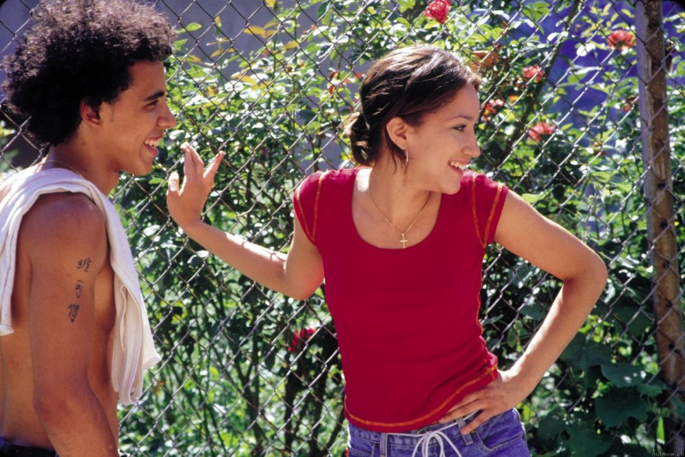 Raising Victor Vargas (2002)