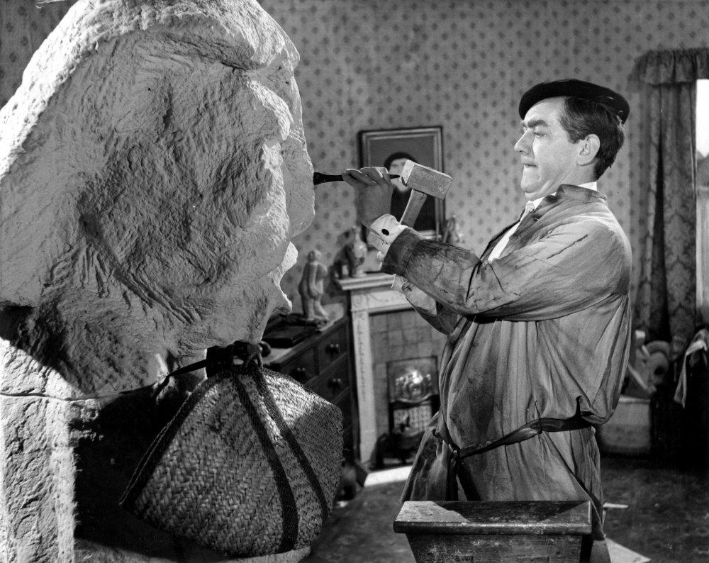 'Keeping himself from himself': Tony Hancock in The Rebel (1961)