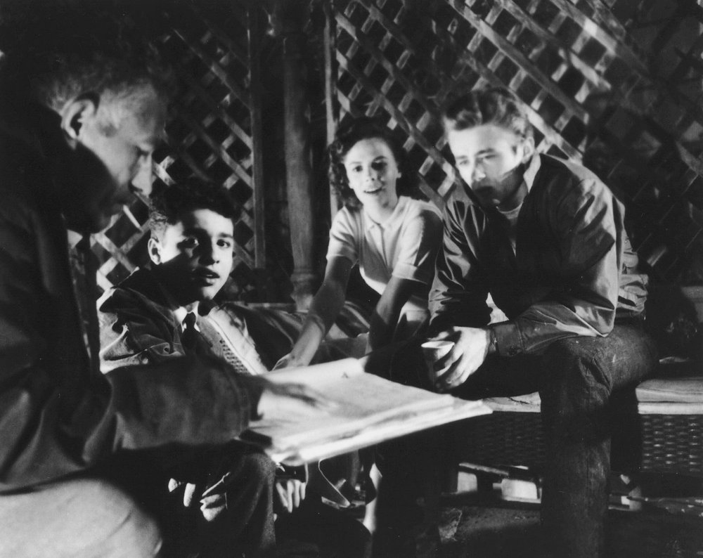 A script read-through with (left to right) director Nicholas Ray and stars Sal Mineo, Natalie Wood and James Dean
