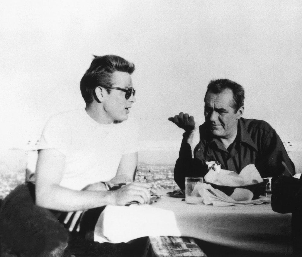 Breakfast with a view over Los Angeles, with actors James Dean and Jim Backus