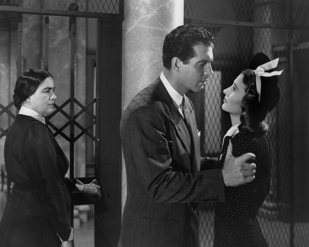 Remember the Night (1939)