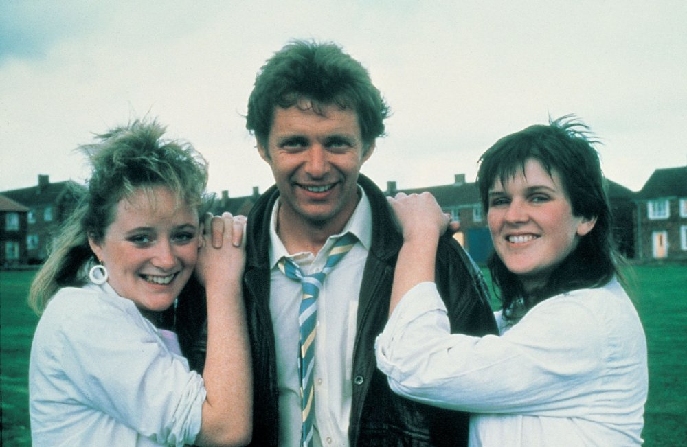 Rita, Sue and Bob Too (1986)