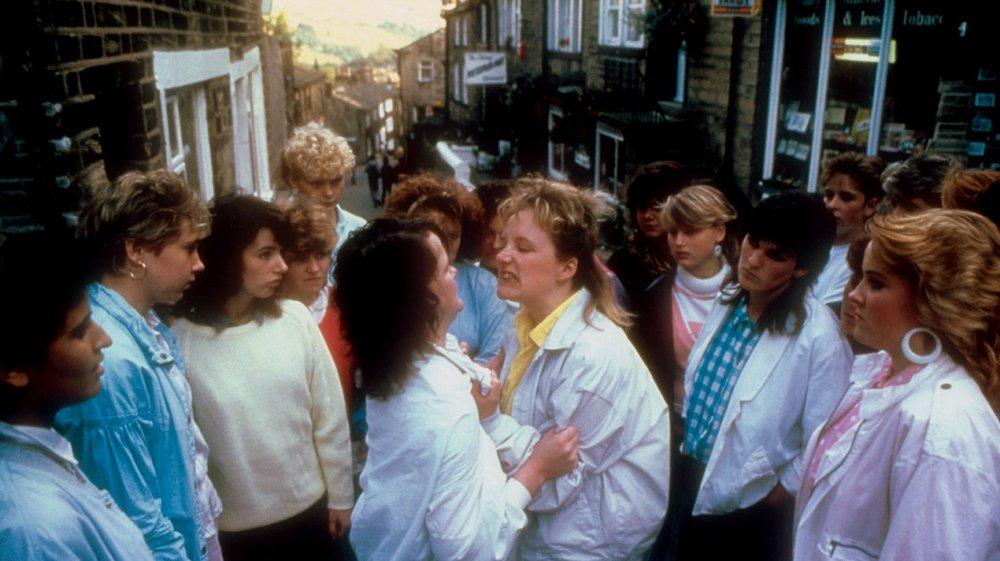 Rita, Sue and Bob Too (1987)