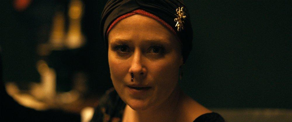 Jennifer Ehle as Amanda