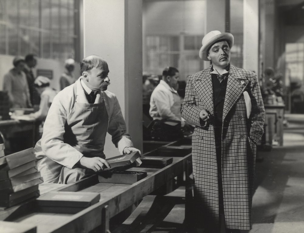 Peter Lorre in the chocolate factory in Secret Agent (1936)