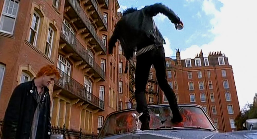 Sid rampaging outside Oakwood Court, Holland Park