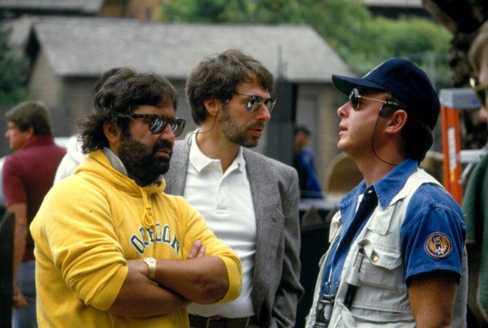 Scott (in cap) with Top Gun's producers Don Simpson (left) and Jerry Bruckheimer