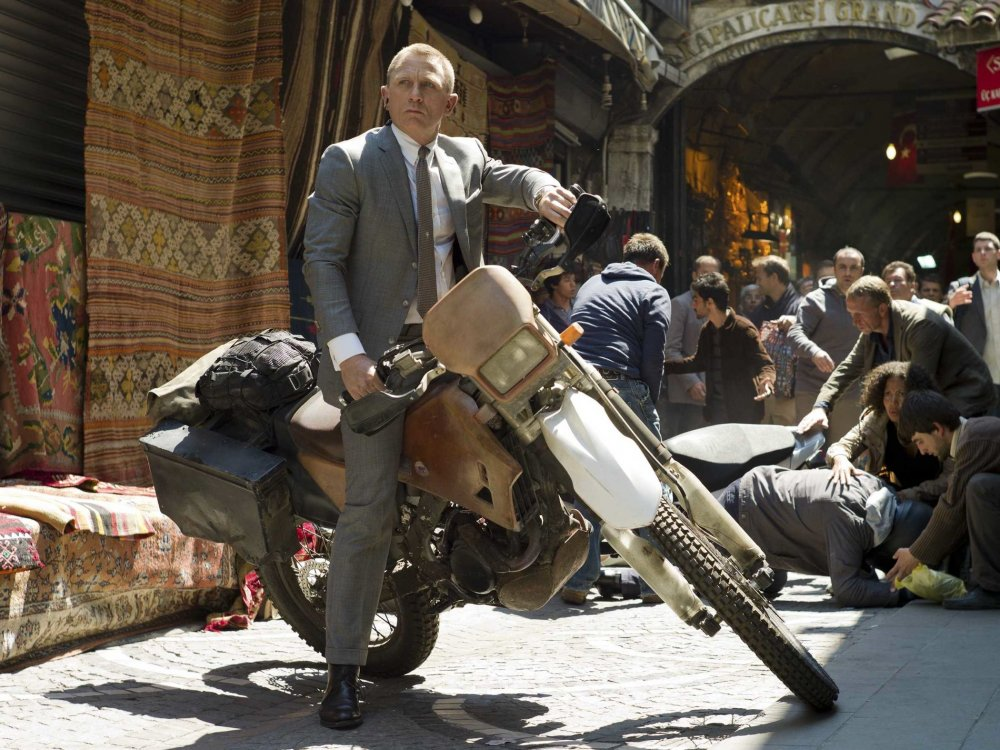 James Bond tours Istanbul in Skyfall (2012)