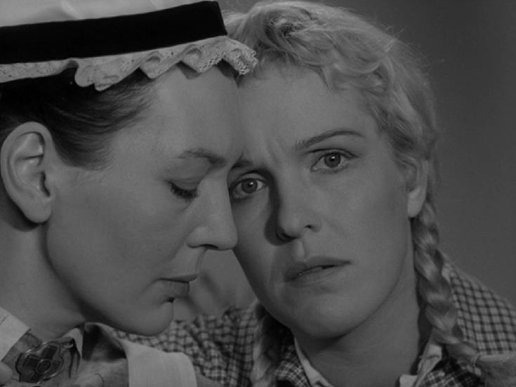 Barbro Hiort af Ornäs and Eva Dahlbeck in So Close to Life (1958)