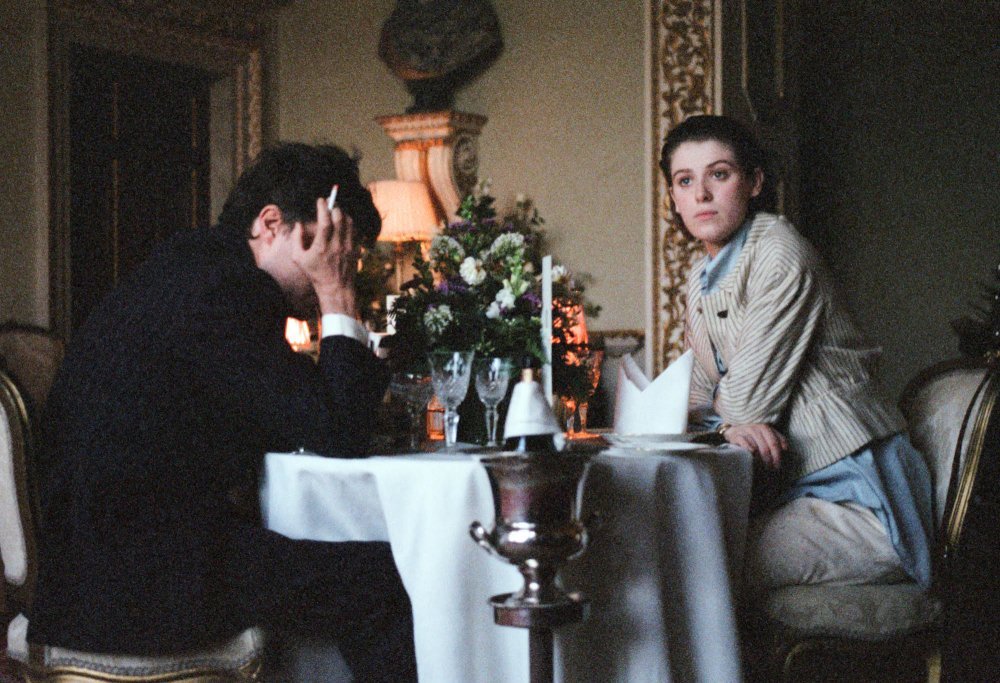 Tom Burke as Anthony with Honor Swinton Byrne as Julie in The Souvenir