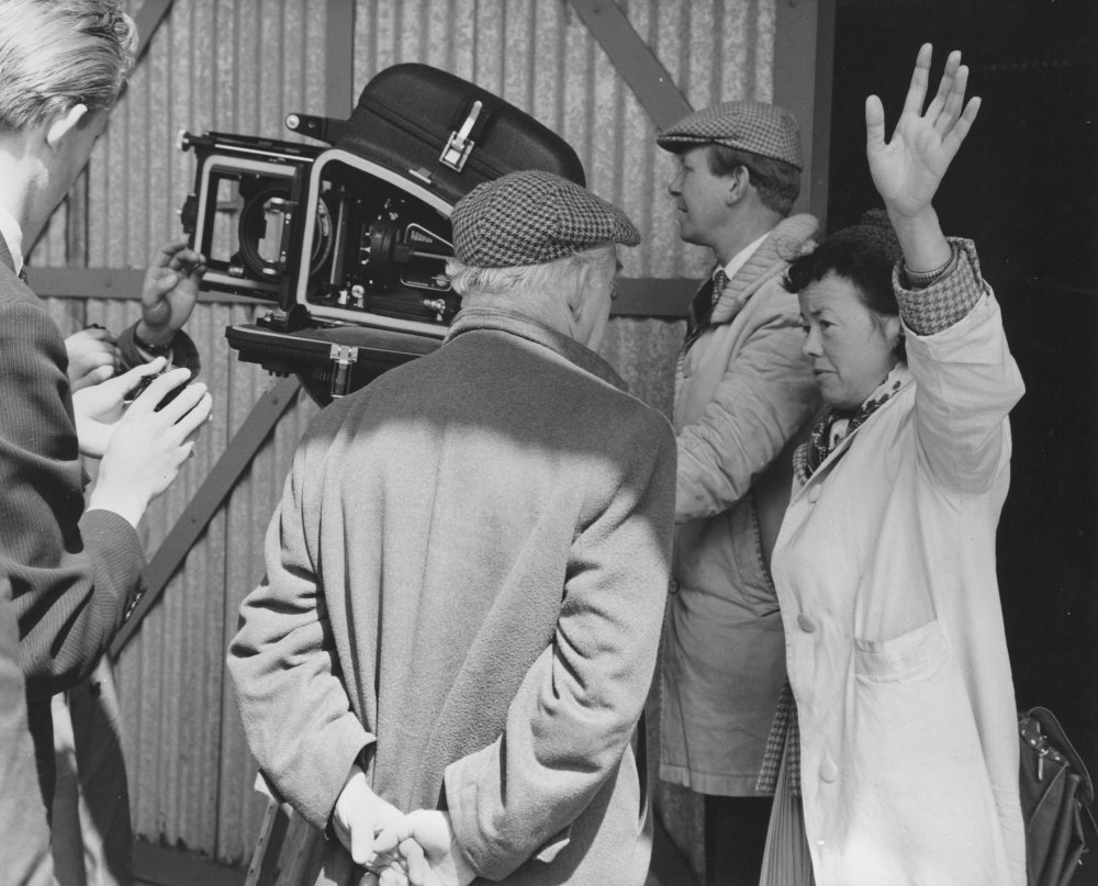 Joan Littlewood directing Sparrows Can't Sing (1962)