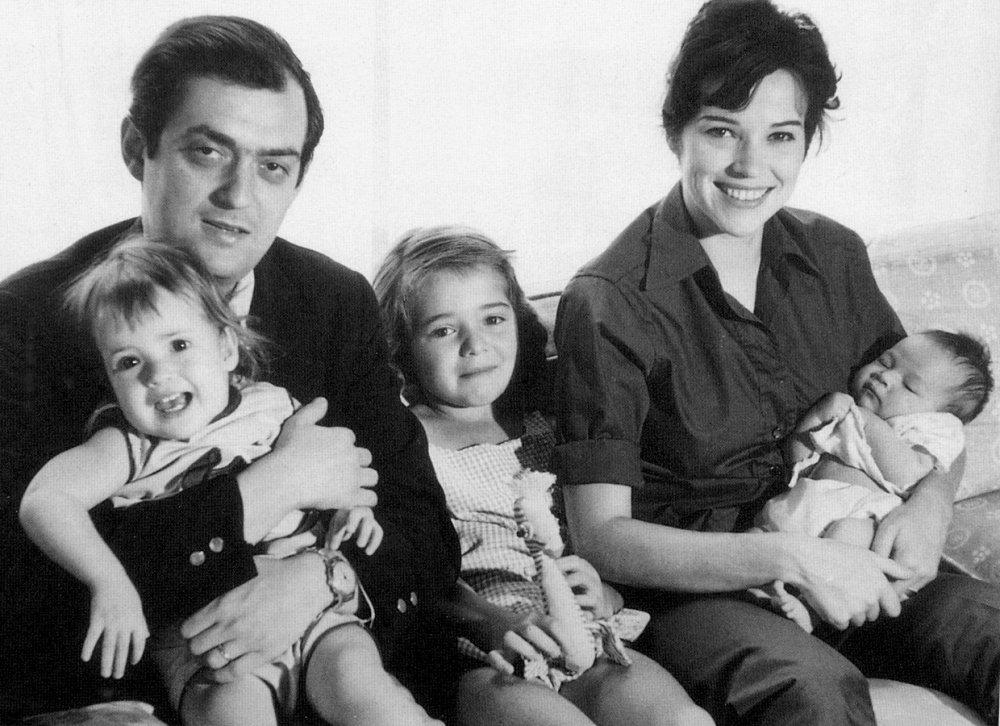 Stanley and Christiane Kubrick with Anya, Katharina and Vivian in 1960