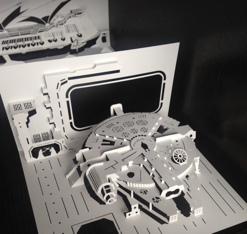 Star Wars kirigami model: The Millennium Falcon