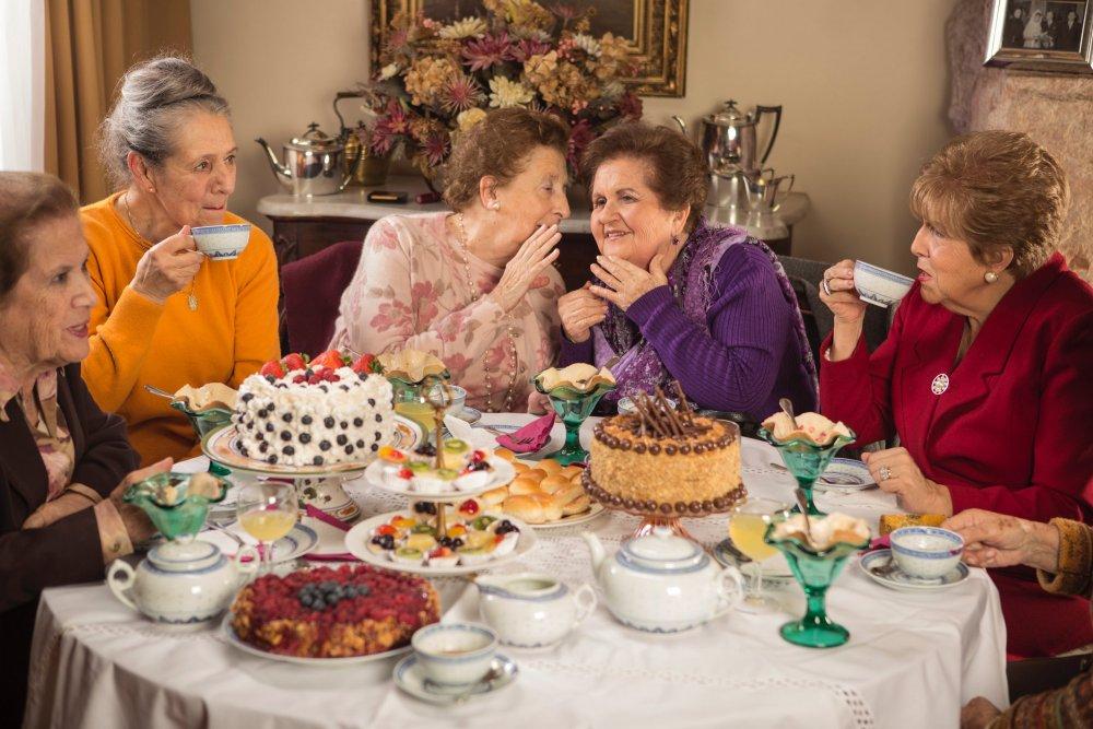 Maite Alberdi's Tea Time (2014)