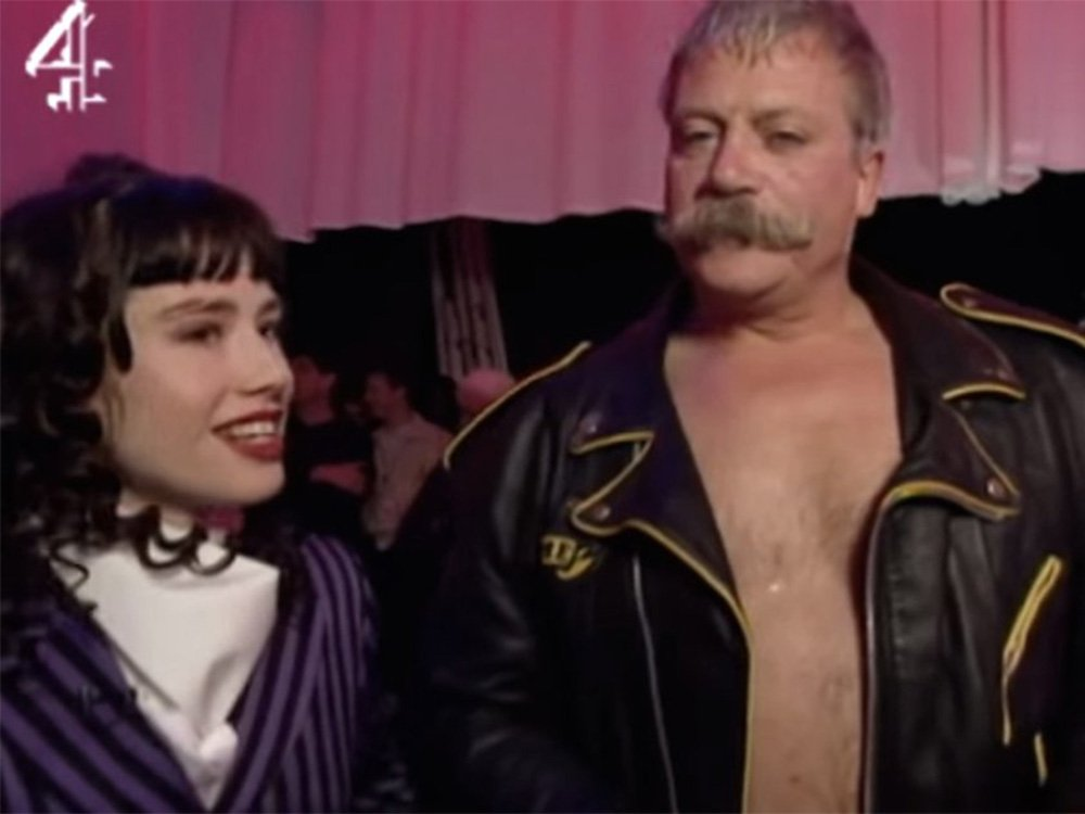 Katie Puckrik and Oliver Reed on The Word (1992)