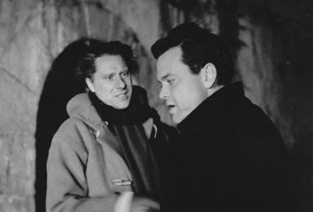 Carol Reed and Welles behind the scenes of The Third Man (1949)