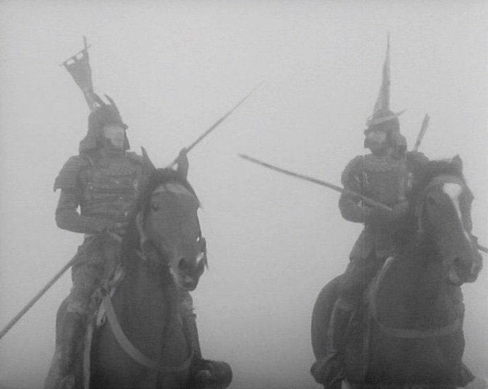 On their way back to the castle, Washizu and Miki become lost in a dense brume in a sequence that demonstrates Kurosawa's mastery at using atmospheric conditions to accentuate or attenuate screen depth. The pair repeatedly disappear into and reappear from the murky background