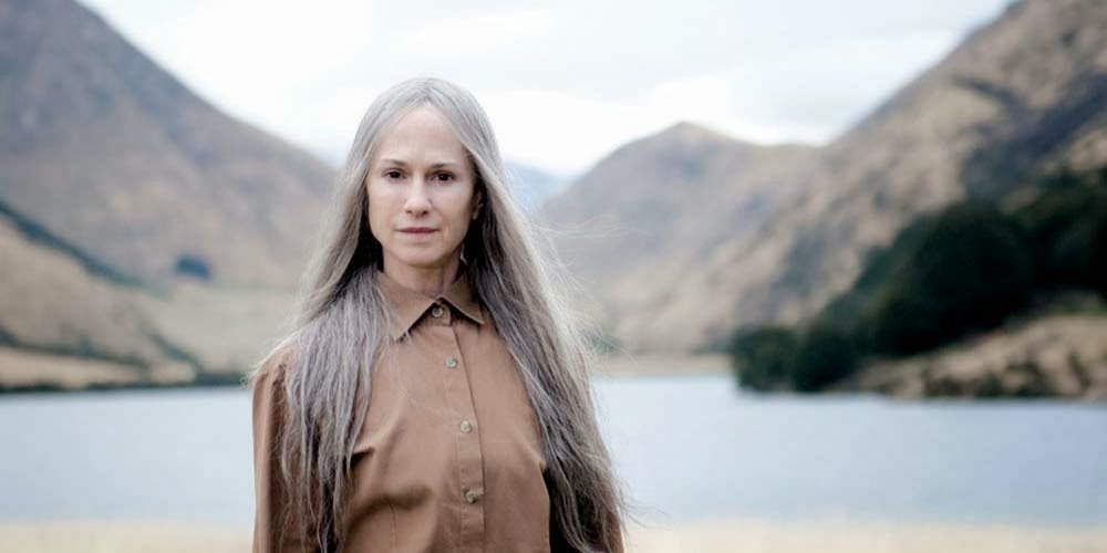 Holly Hunter as G.J.