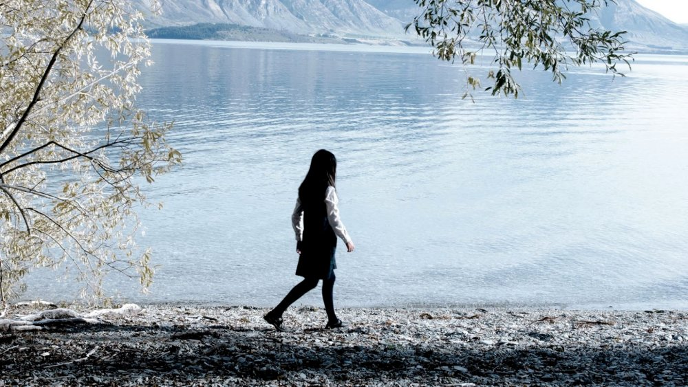 Jacqueline Joe as Tui in Top of the Lake (2013)
