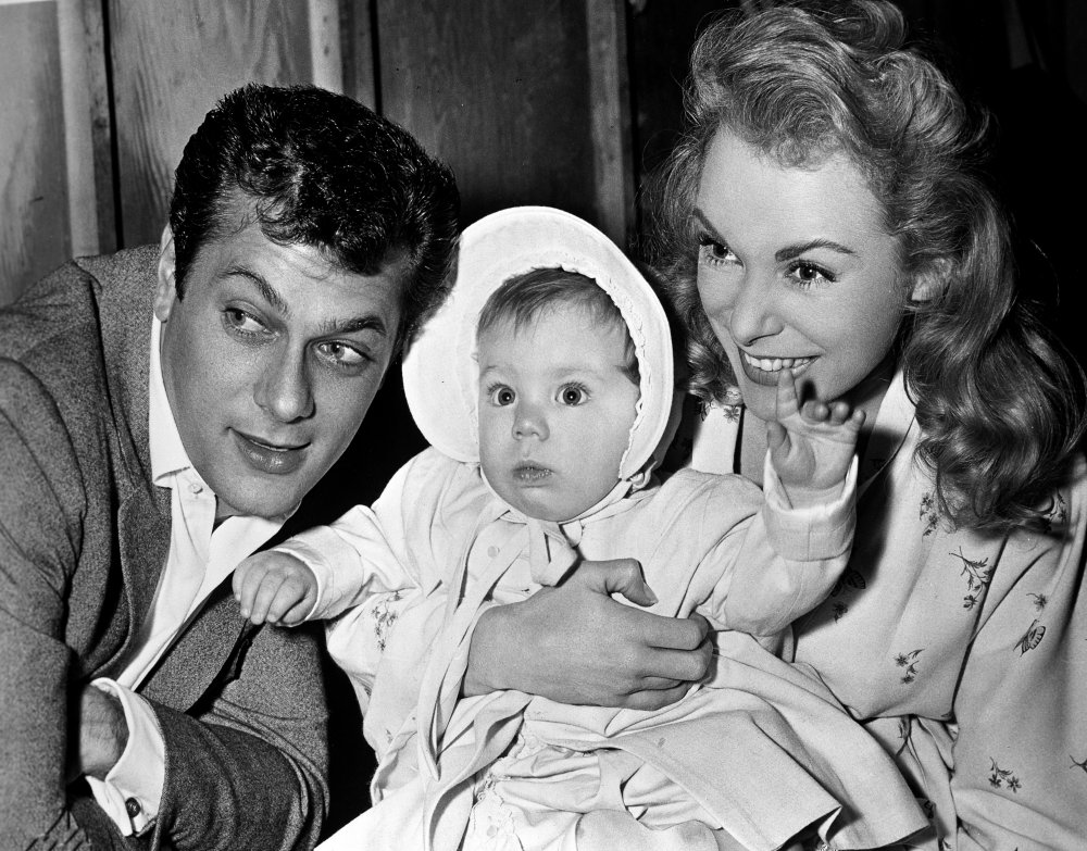 Janet Leigh is visited by her husband Tony Curtis and their daughter Kelly during the filming of Touch of Evil (1958). Their second daughter, future actor Jamie Lee Curtis, was born the following year