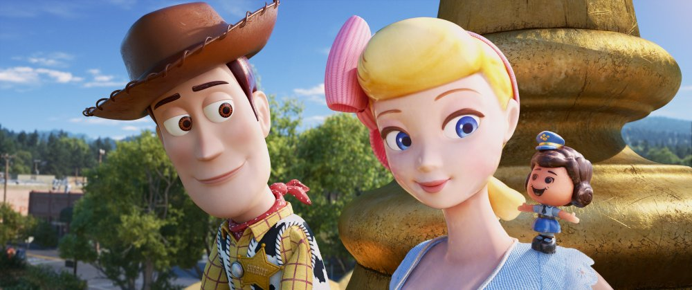 Woody, Bo Peep and Giggle McDimples in Toy Story 4