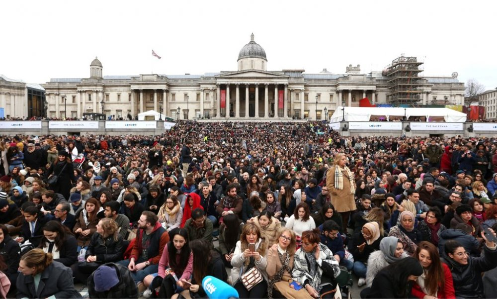 The audience for the Mayor's screening of The Salesman on Trafalgar Square, London, 26 February 2017.