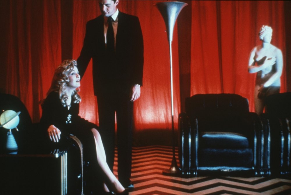 Playing with genre: Twin Peaks (1990-1)