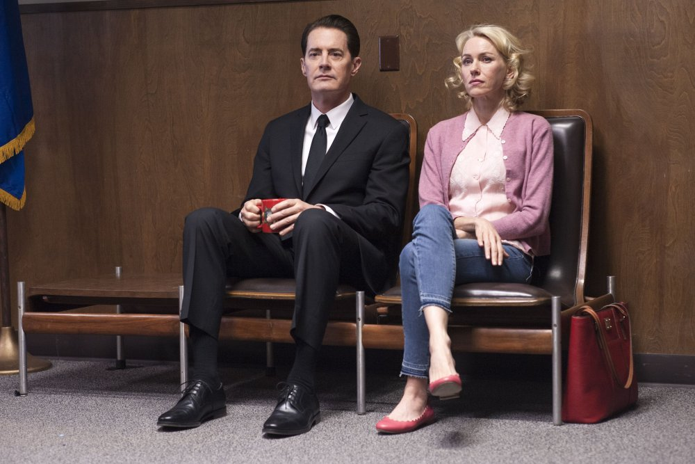 Kyle Maclachlan and Naomi Watts wait out Episode 9 of Twin Peaks: the Return