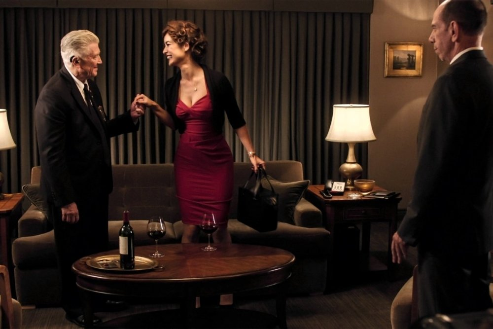 David Lynch as Gordon with Berenice Marlohe and Miguel Ferrer as Albert