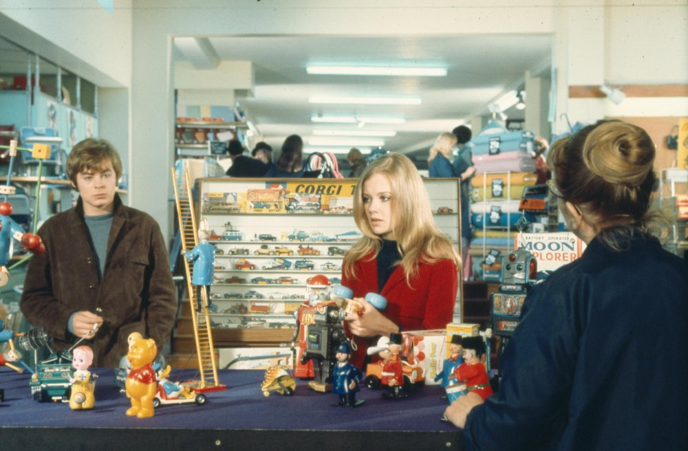 Hywel Bennett and Hayley Mills in Twisted Nerve (1968)