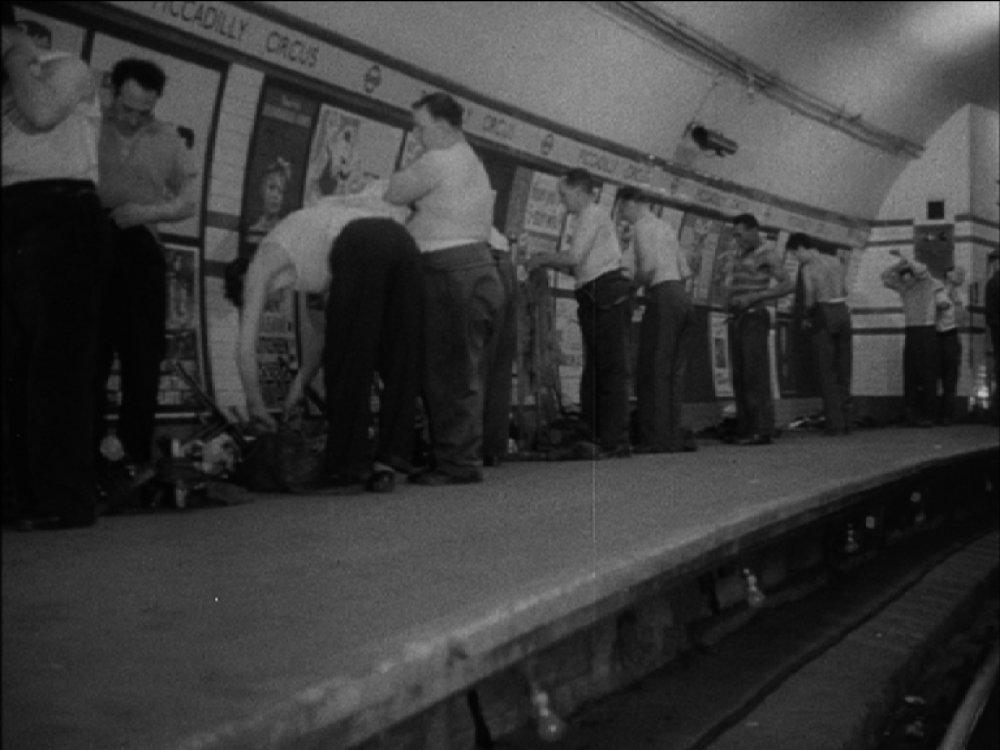 Under Night Streets (1958)
