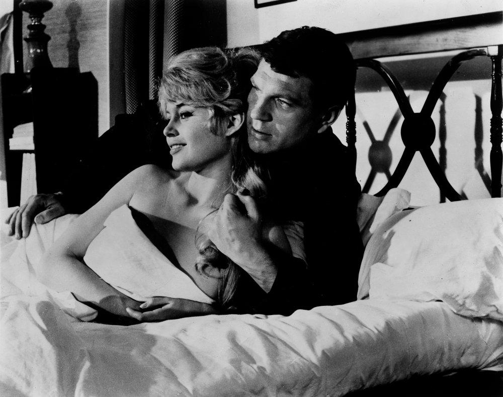 Une Parisienne (1957)