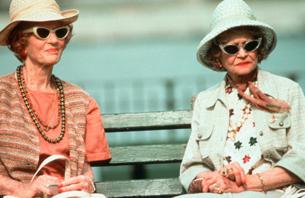 Freida (Jessica Tandy) in Used People (1992)
