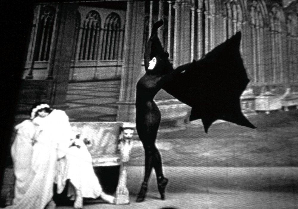 Les Vampires (1915)