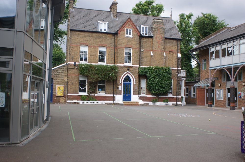 Ravenscourt Park School