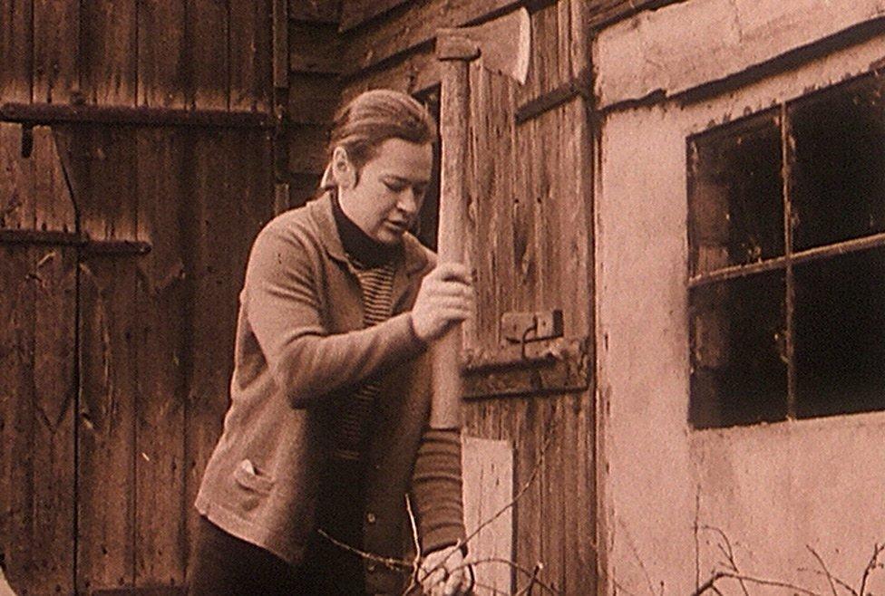 Marcel Łoziński's The Visit (Wizyta, 1975)