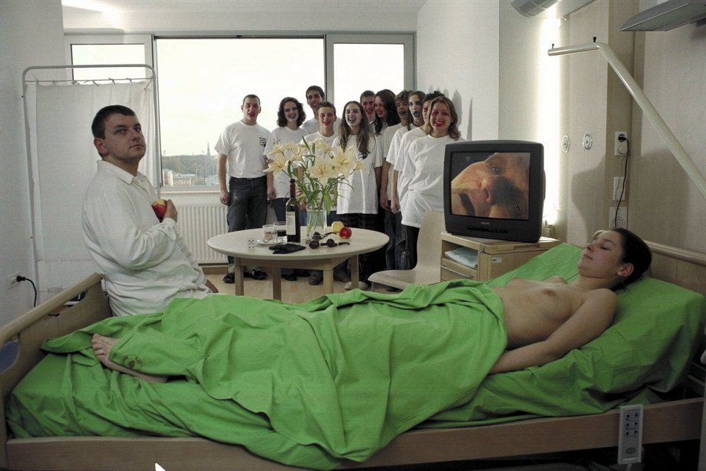 Wake Up Mate, Don't You Sleep (Kelj Fel, Komam, Ne Aludjal, 2003)