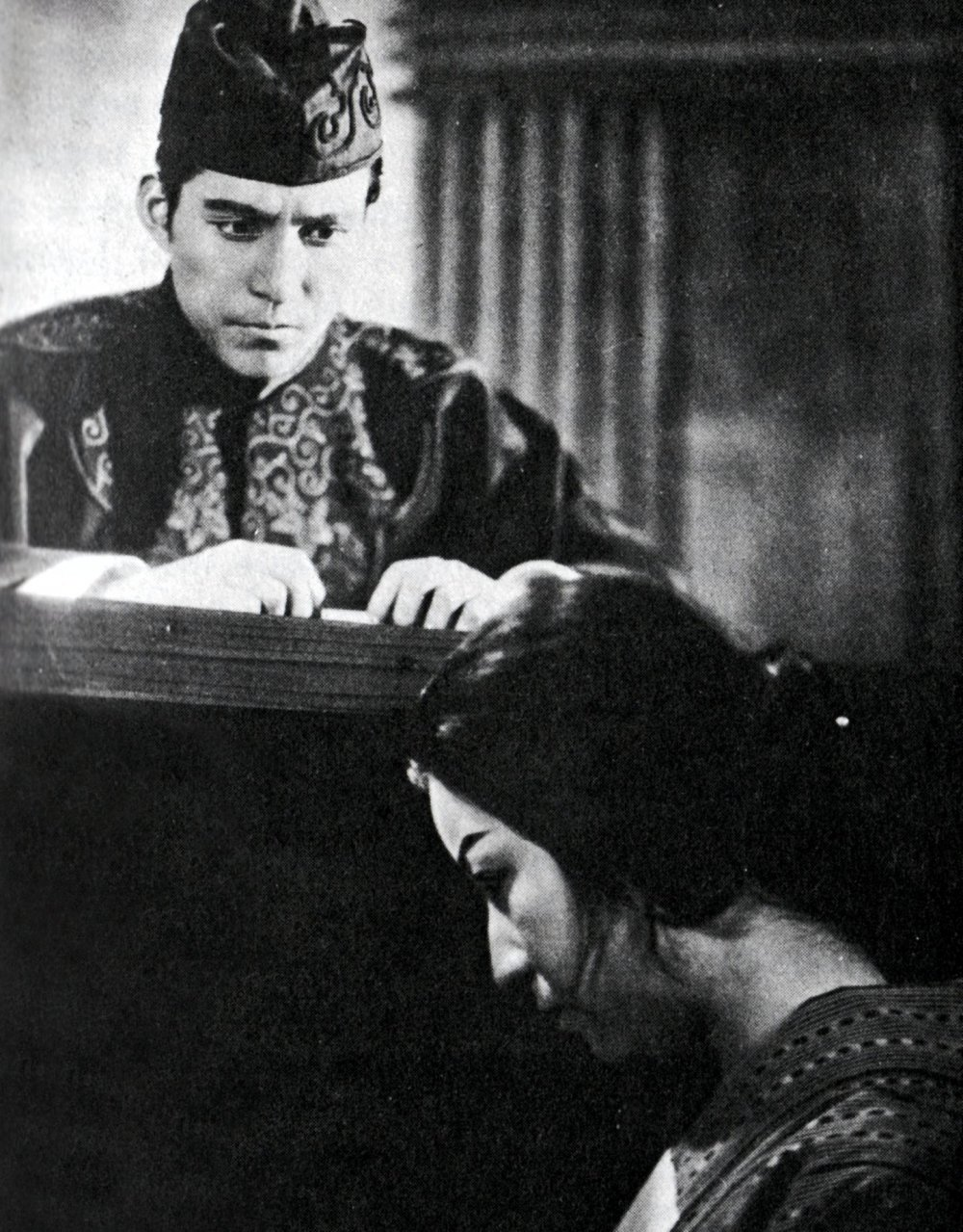 The Water Magician (Taki no Shiraito, 1933)