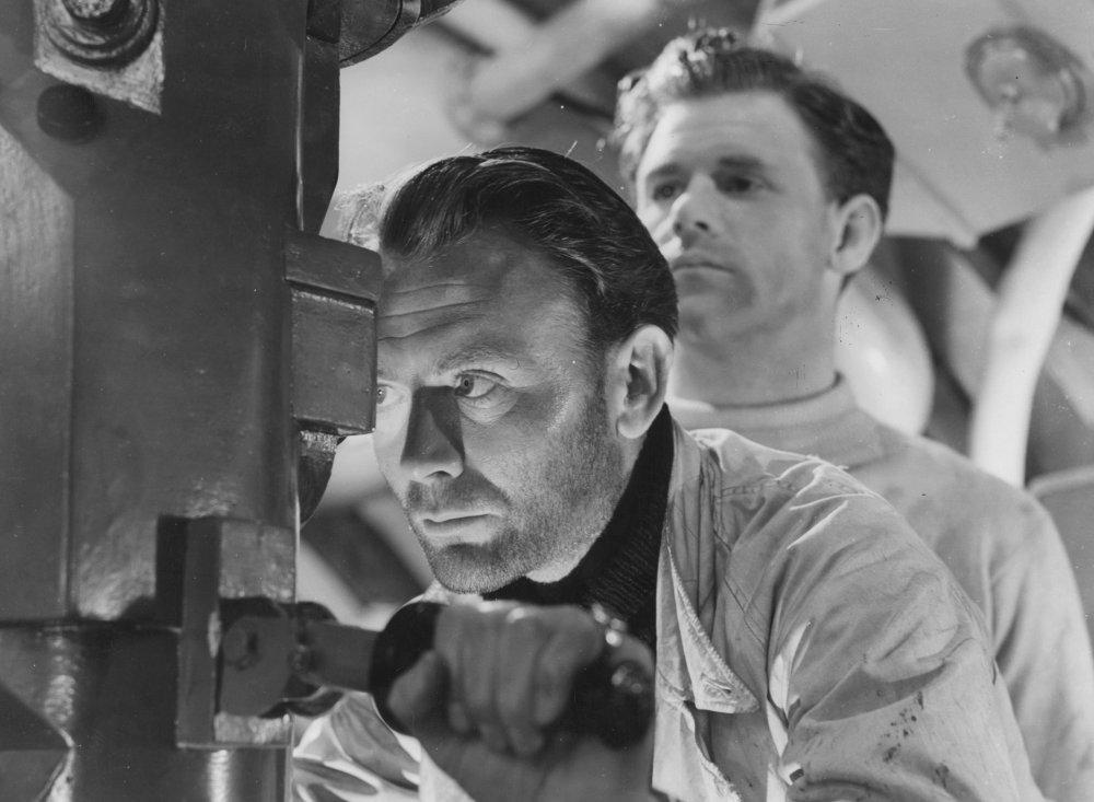 We Dive At Dawn (1943)