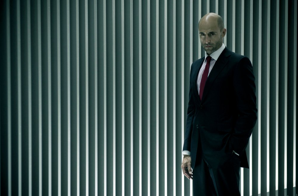 Mark Strong in Welcome to the Punch
